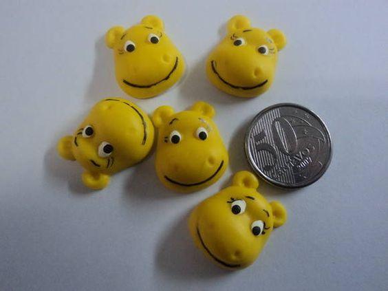 Miniatura de biscuit para aplicações Embalagem com 100m unidades R$ 15,00