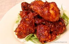 Makanan pedas pastinya lebih membangkitkan selera makan. Yuk coba ayam bumbu pedas ini yang pastinya nikmat untuk dimakan bersama keluarga.