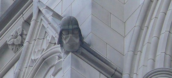 Dark Vador à la Washington National Cathedral, D.C.  Photo: Cyraxote/Wikipedia