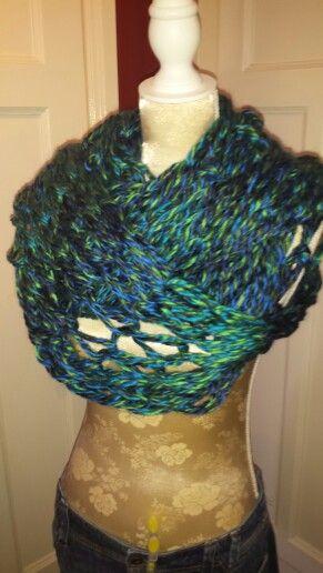 Gemêleerd groen/blauwe sjaal.