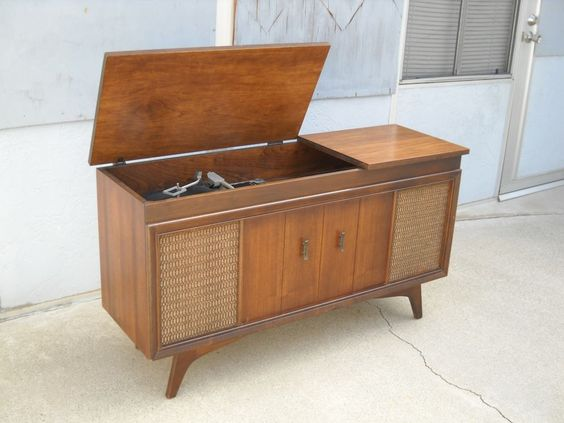 Mid Century Modern Record Player Console Am Fm Stereo By