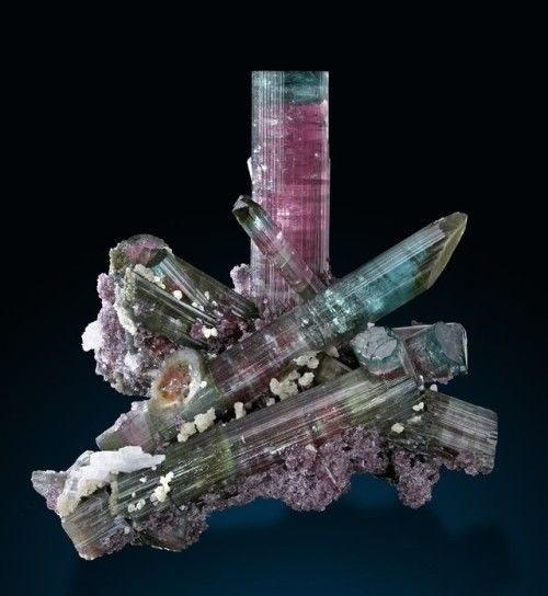 Elbaite Lepidolite And Cleavelandite Pederneira Claim Doce