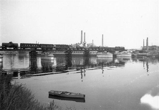 1945 de spoorbrug