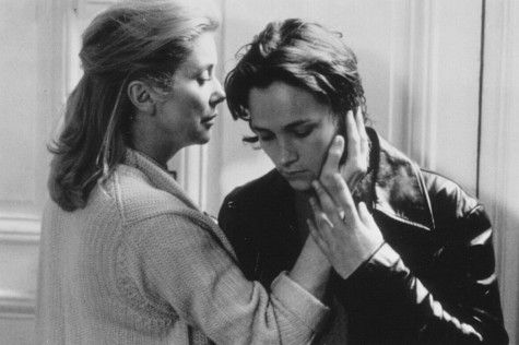Catherine Deneuve and Laurence Côte in Thieves (1996)