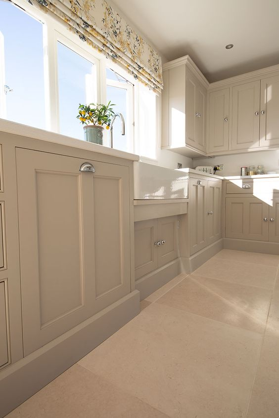 Light Jerusalem Honed limestone - Quorn Stone