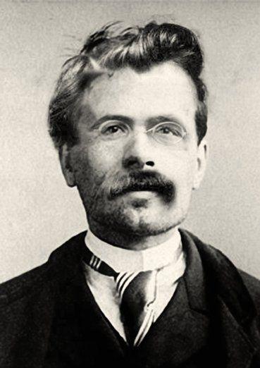 """Nur als Schaffende können wir vernichten!"" Nietzsche    --------------------------------------- We can destroy only as creators! — The Joyful Science §58"