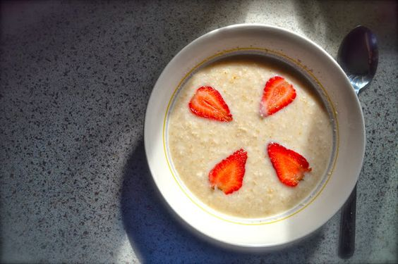 Healthy and Yummy Breakfast.  All you need is :-  Oatmeal Hot water Milk Brown sugar Strawberries  or any other fruits of your choice! Just mix all of them together, add more milk over water if you prefer it to be milkier and vice versa if you do not like it to be so milky.
