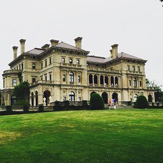 The Breakers Mansion in Newport, RI #mansion #rhodeisland #weekend #fun #