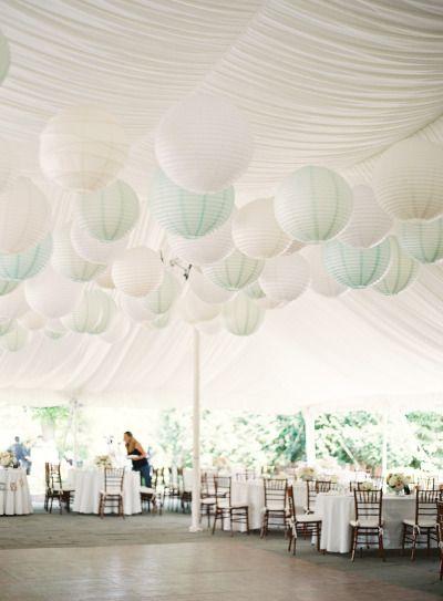 Elegant Crossed Keys Inn Wedding: http://www.stylemepretty.com/little-black-book-blog/2014/09/12/elegant-crossed-keys-inn-wedding/ | Photography: CLY by Matthew - http://www.clybymatthew.com/