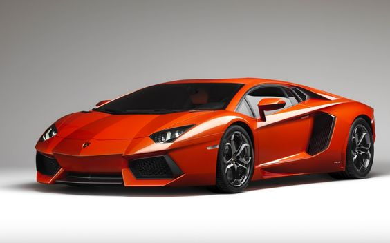 Lamborghini Aventador, Orange.