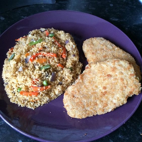 #dinner steamed #couscous with #veg and #Quorn #cheese and #broccoli #escalope #healthyeating #healthyliving #foodie #madebyme #morgansnature #doingme  #teamhealthy