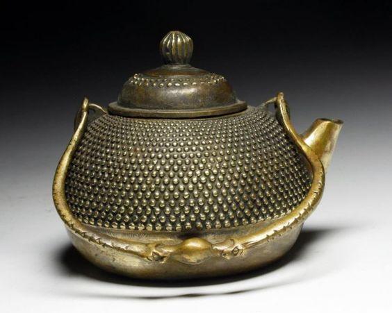 Bule de Bronze Chinês ...