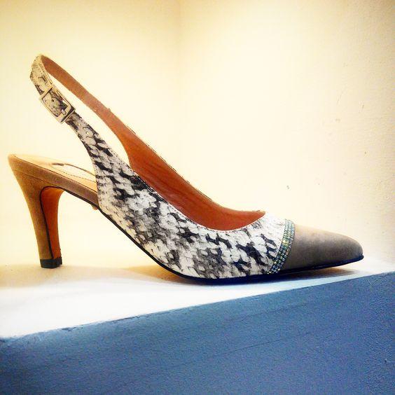#zapatos #creatuzapatodenovia #novia #bodas #crea #diseñatuszapatos #shoes #summer2015 #verano2015 #shopping #online www.zapatoymoda.es #heels