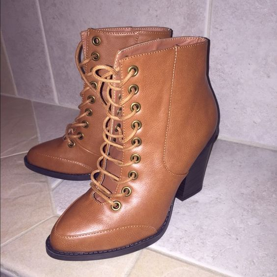 ⚡️1 DAY SALE ⚡️NEW Boots Size 7 🌹MAKE OFFER | Boots, Women's ...