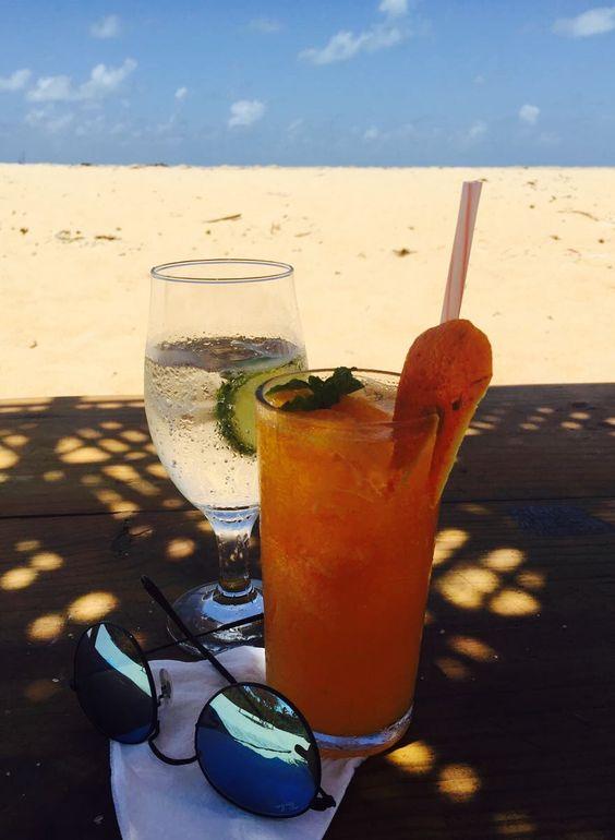 Caipirinha de tangerina 🍊 Hotel Divino & Calá Praia do Espelho Bahia