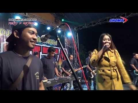 Cindy Aulya Ambilkan Gelas Om Zagita Assoy Pakdee Live In