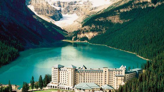 Fairmont Chateau Lake Louise - Alberta, Canada