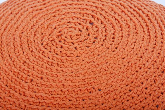 Almohadón Camboya - Tejido en 100 % hilo de algodón. Medida: 50 cm de ancho. www.facebook.com/... #design #deco #pillow #cushion