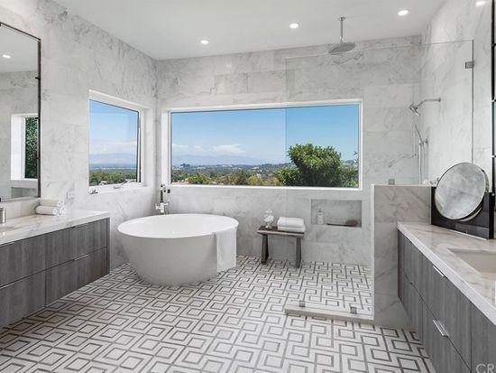 5550 Bonneville Rd Hidden Hills Ca 91302 Zillow New Homes House Home Family