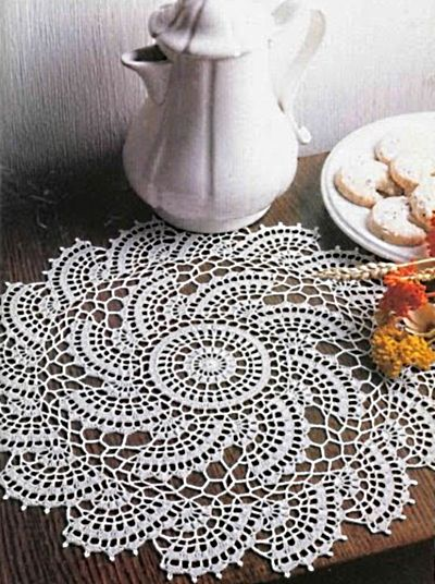 Half moon doily with diagram: