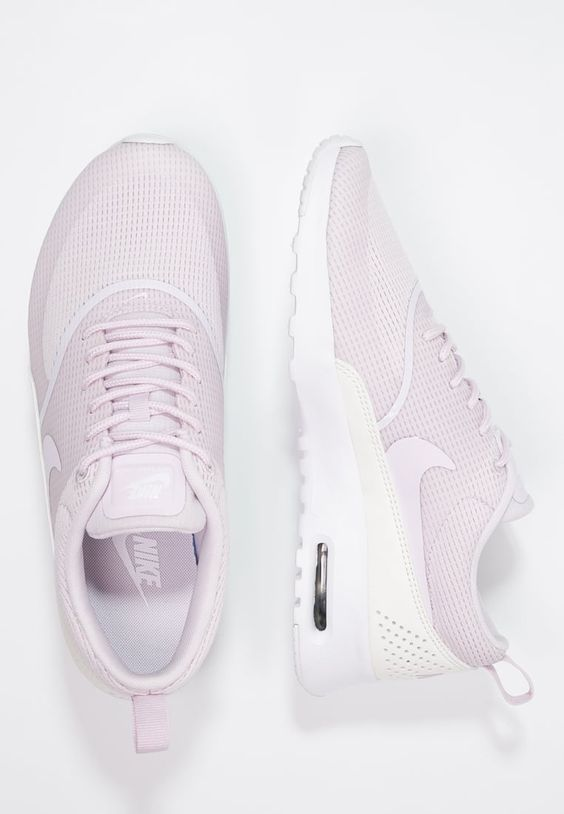 air max thea trainers bleached lilac for women. Black Bedroom Furniture Sets. Home Design Ideas