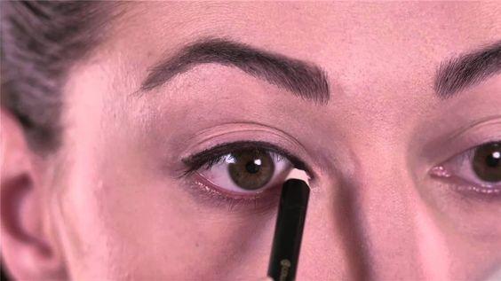 #tutorial #make-up: tre #look #occhi con il nuovo Mascara Art Design® e la Matita Professionale Occhi. Scopri come ingrandire lo #sguardo e donare alle #ciglia uno straordinario #volume dall'effetto panoramico con il nuovo Mascara Art Design®.