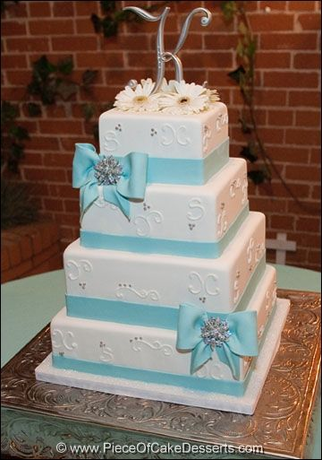 fondant wedding cakes beautiful cakes squares the daisy cakes the