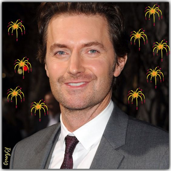 Congratulations on winning Favourite British Artist of the year 2013 - RICHARD ARMITAGE we are so proud of you! One of your many well-wishers  http://youtu.be/mZnt_87BWA4