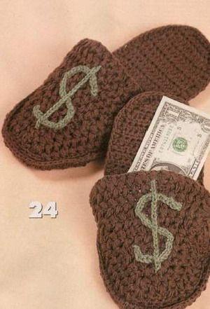 Knitted slippers for men