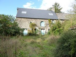 Jugon les lacs area, charming cottage in pretty hamlet a real gem!