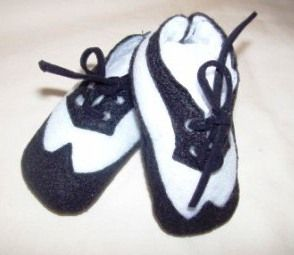 Cute boy black & white wing tip crib shoes!