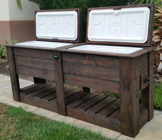 #woodworkingplans #woodworking #woodworkingprojects Pallet Rustic Custom Wood Coolers