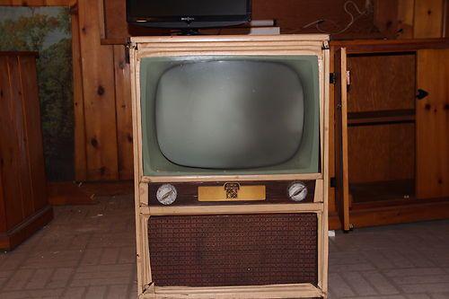 television Vintage dumont