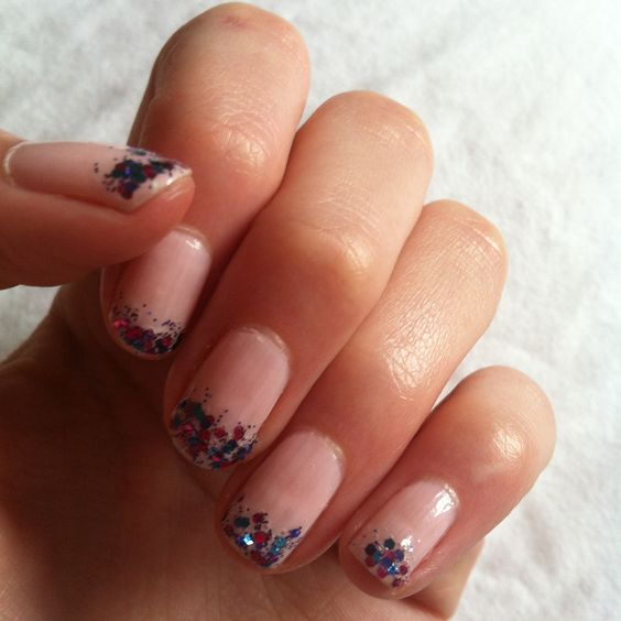 #nails #nailart #essie #babypink #party #glitter #pretty #easy #cute