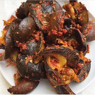 Peppered snail @africanfoodyummy 🐌🐌🐌🐌 | African recipes nigerian food,  Nigerian food, African food