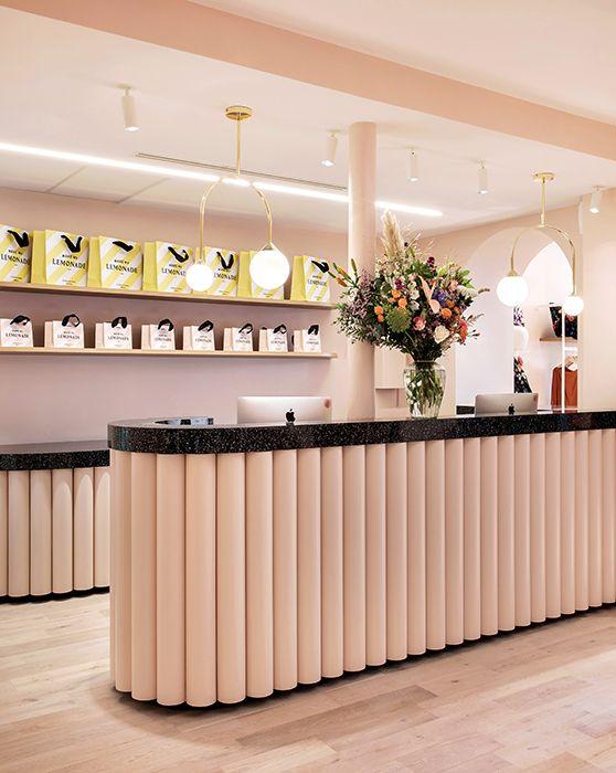 Make My Lemonade Inside Closet Design D Interieur Boutique Deco Decoration