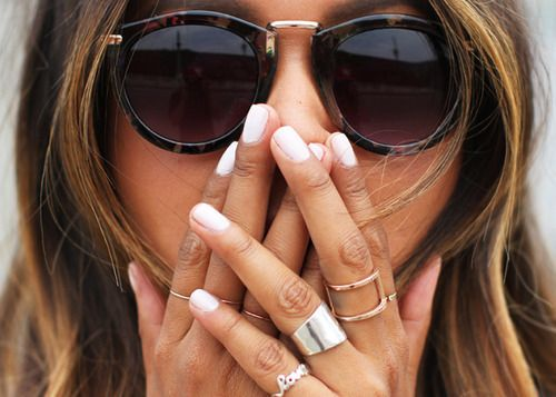sunnies and chunky rings
