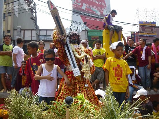 Young devotees of the Black Nazarene