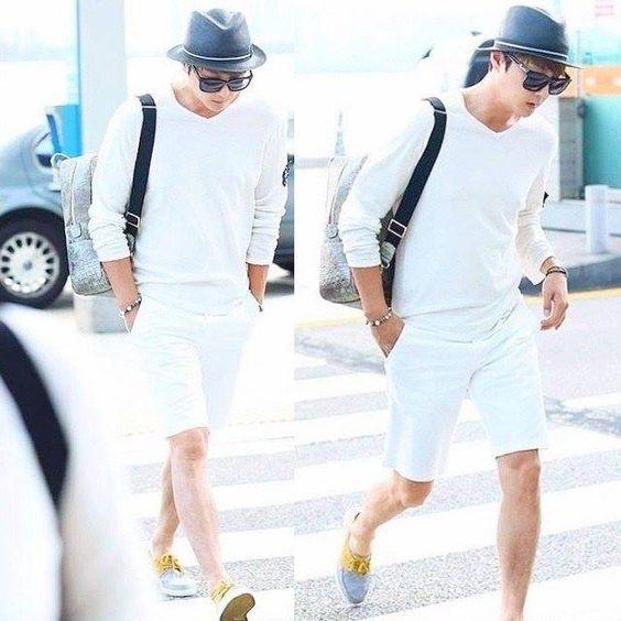 Favorite tweet:  #Shinhwa #ShinHyeSung causal summer airportfashion https://t.co/l892uCcFrw http://pic.twitter.com/DXINvOmyPs   disney_den (@disney_den) December 28 2015
