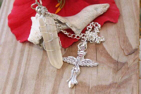 Life Renewal Crystal Quartz Pendulum Spiritual by tranquilityy, $15.99
