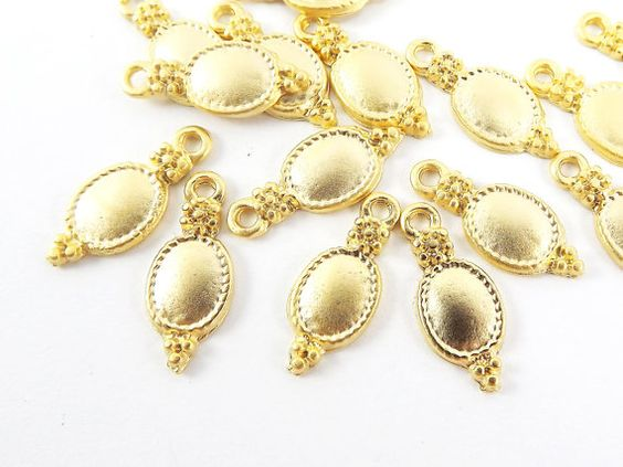 15 Baroque Oval Drop Pendant Charms - 22k Matte Gold Plated