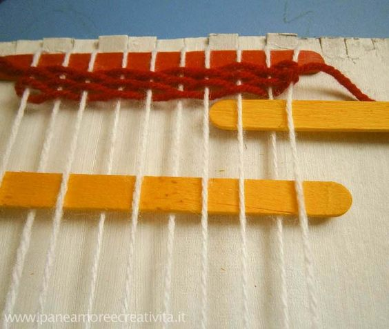 Crafts for kids: how to make a loom for weaving