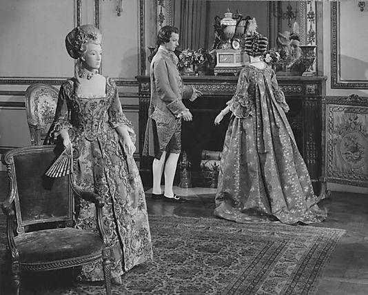 Robe à la Française    Date:      1750–75  Culture:      French  Medium:      silk