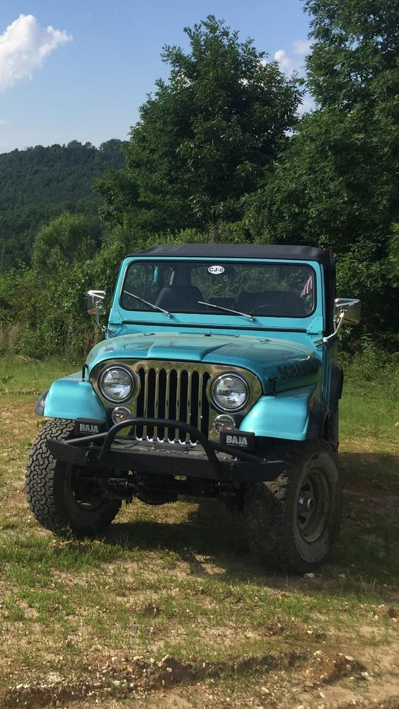 Site dedicated to the long wheelbase Jeep Scrambler CJ-8 produced between 1981-1986.