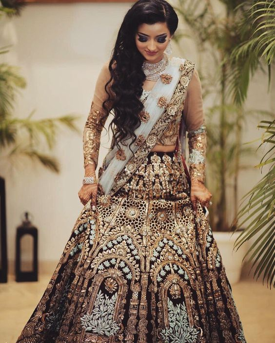 Indian Lehenga Choli Designs For Wedding Blue outfit