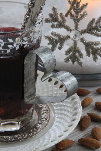 Nordic Christmas Decorating | Nostalgic Scandinavian Christmas decorations | Christmas Ideas