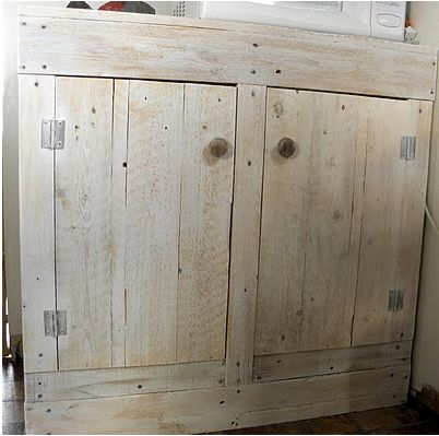 Shipping pallets cabinets and barn wood on pinterest for Making cabinets out of pallets