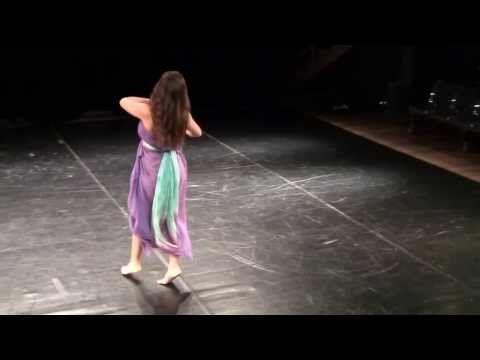 Paola Blanton no Teatro Cacilda Becker - Gypsy Mazurka - YouTube Coreografia de Isadora Duncan