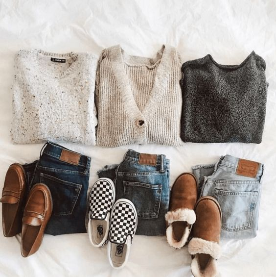 10 Winter Sweater Hacks That Will Save Your Money #sweaters #outfits #sweatersforwomen #winterstyle #hacks #lifehacks