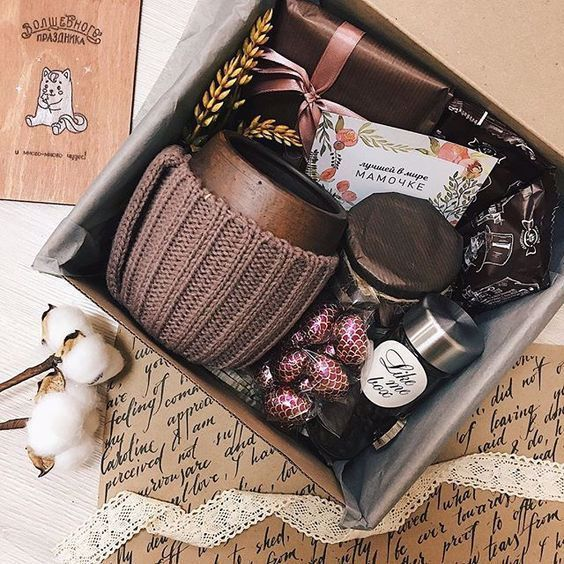 Looking For Something Else Find A List Ideas De Cestas De Regalo Para Navidad Y Año Nuevo Gifts For Friends Christmas Gift Baskets Christmas Gifts For Friends